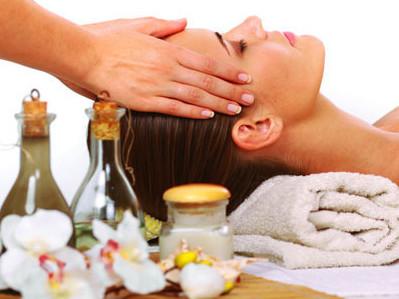 Касторовое масло – лучшие рецепты для здоровья и роста волос